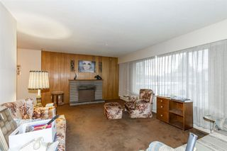 "Photo 3: 1455 DELIA Drive in Port Coquitlam: Mary Hill House for sale in ""MARY HILL"" : MLS®# R2125883"