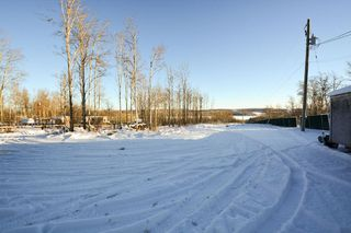 Photo 16: 13326 HIGHLEVEL Crescent: Charlie Lake Manufactured Home for sale (Fort St. John (Zone 60))  : MLS®# R2126238