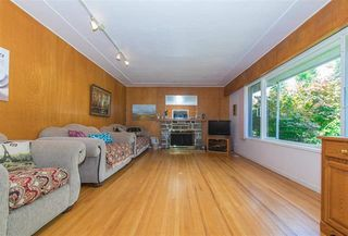 Photo 4: 1071 RUTHINA Avenue in North Vancouver: Canyon Heights NV House for sale : MLS®# R2128888
