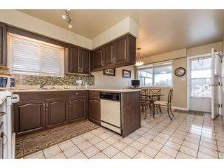 Photo 10: 2709 GRAVELEY Street in Vancouver: Renfrew VE House for sale (Vancouver East)  : MLS®# R2140738