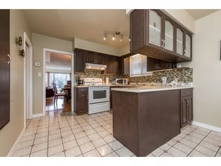 Photo 8: 2709 GRAVELEY Street in Vancouver: Renfrew VE House for sale (Vancouver East)  : MLS®# R2140738
