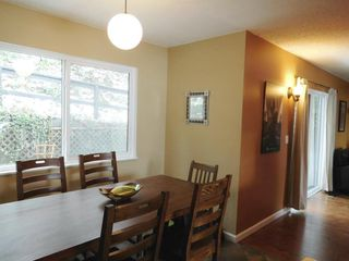 "Photo 6: 307 CARDIFF Way in Port Moody: College Park PM Townhouse for sale in ""EASTHILL"" : MLS®# R2144501"