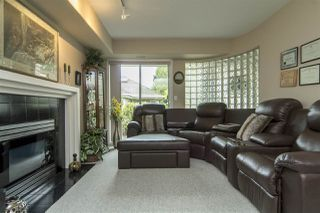 "Photo 16: 33 4001 OLD CLAYBURN Road in Abbotsford: Abbotsford East Townhouse for sale in ""Cedar Springs"" : MLS®# R2166092"