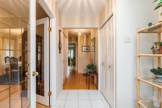 Photo 3: 14089 COLDICUTT Avenue: White Rock House for sale (South Surrey White Rock)  : MLS®# R2196667