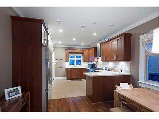 Photo 2: 2922 W 5TH AV in Vancouver: Kitsilano Condo for sale (Vancouver West)  : MLS®# V1097229