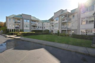 """Photo 10: 203 9763 140 Street in Surrey: Whalley Condo for sale in """"Fraser Gate"""" (North Surrey)  : MLS®# R2214649"""