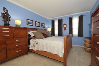 """Photo 7: 203 9763 140 Street in Surrey: Whalley Condo for sale in """"Fraser Gate"""" (North Surrey)  : MLS®# R2214649"""