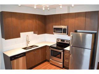 Photo 8: 407 2351 KELLY AVENUE in Port Coquitlam: Central Pt Coquitlam Condo for sale : MLS®# R2195652