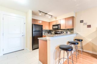 "Photo 2: 408 20750 DUNCAN Way in Langley: Langley City Condo for sale in ""Fairfield Lane"" : MLS®# R2221641"
