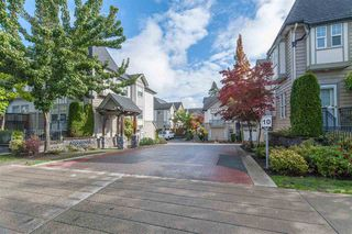 Photo 2: 25 8638 159 STREET in Surrey: Fleetwood Tynehead Townhouse for sale : MLS®# R2214211