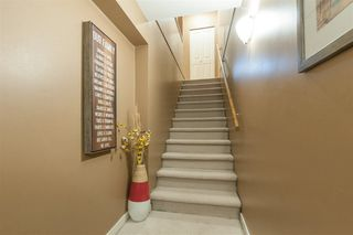 Photo 3: 25 8638 159 STREET in Surrey: Fleetwood Tynehead Townhouse for sale : MLS®# R2214211