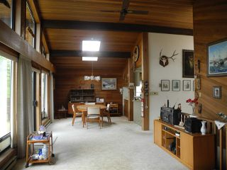 Photo 4: 6154 LOOKOUT Avenue in Sechelt: Sechelt District House for sale (Sunshine Coast)  : MLS®# R2241281
