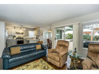 """Photo 12: 23166 88 Avenue in Langley: Fort Langley House for sale in """"Fort Langley"""" : MLS®# R2241481"""