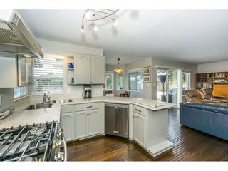 """Photo 8: 23166 88 Avenue in Langley: Fort Langley House for sale in """"Fort Langley"""" : MLS®# R2241481"""