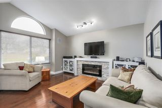 """Photo 3: 946 MOODY Court in Port Coquitlam: Citadel PQ House for sale in """"CITADEL HEIGHTS"""" : MLS®# R2251618"""