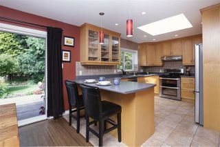 Photo 7: 923 PLYMOUTH Drive in North Vancouver: Windsor Park NV House for sale : MLS®# R2252737