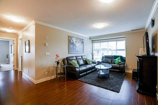 "Photo 8: 403 17769 57 Avenue in Surrey: Cloverdale BC Condo for sale in ""Clover Down Estates"" (Cloverdale)  : MLS®# R2261769"