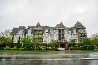 "Photo 2: 403 17769 57 Avenue in Surrey: Cloverdale BC Condo for sale in ""Clover Down Estates"" (Cloverdale)  : MLS®# R2261769"
