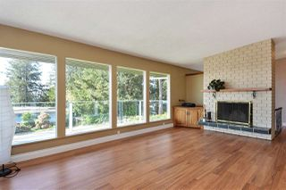 "Photo 2: 14233 MAGDALEN Avenue: White Rock House for sale in ""West White Rock"" (South Surrey White Rock)  : MLS®# R2262291"