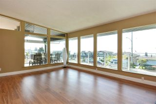 "Photo 3: 14233 MAGDALEN Avenue: White Rock House for sale in ""West White Rock"" (South Surrey White Rock)  : MLS®# R2262291"
