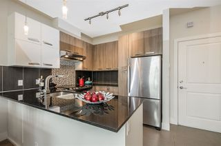 Photo 5: 430 15956 86A Avenue in Surrey: Fleetwood Tynehead Condo for sale : MLS®# R2262802