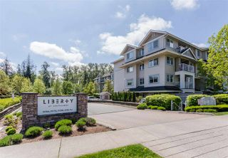 "Photo 3: 109 19366 65 Avenue in Surrey: Clayton Condo for sale in ""LIBERTY"" (Cloverdale)  : MLS®# R2264469"
