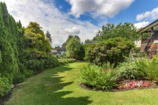 Photo 2: 4024 AYLING Street in Port Coquitlam: Oxford Heights House for sale : MLS®# R2281581