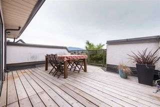 "Photo 2: 402 2222 PRINCE EDWARD Street in Vancouver: Mount Pleasant VE Condo for sale in ""SUNRISE ON THE PARK"" (Vancouver East)  : MLS®# R2285545"