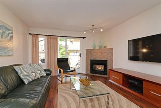 """Photo 2: 54 1238 EASTERN Drive in Port Coquitlam: Citadel PQ Townhouse for sale in """"Parkview Ridge"""" : MLS®# R2308855"""