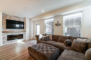 Photo 10: 21142 80A Avenue in Langley: Willoughby Heights Condo for sale : MLS®# R2314133
