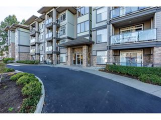 """Main Photo: 206 33338 MAYFAIR Avenue in Abbotsford: Central Abbotsford Condo for sale in """"The Sterling"""" : MLS®# R2323099"""