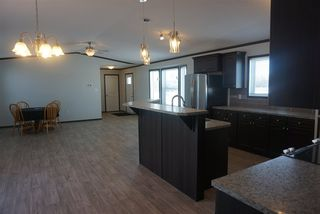 Photo 18: 1602 Parakeet Close: Rural Camrose County Manufactured Home for sale : MLS®# E4136551