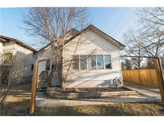 Main Photo: 14922 102 Avenue in Edmonton: Zone 21 House for sale : MLS®# E4138682