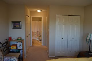 """Photo 12: 306 2410 EMERSON Street in Abbotsford: Abbotsford West Condo for sale in """"Lakeway Gardens"""" : MLS®# R2328859"""