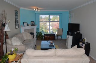 """Photo 4: 306 2410 EMERSON Street in Abbotsford: Abbotsford West Condo for sale in """"Lakeway Gardens"""" : MLS®# R2328859"""