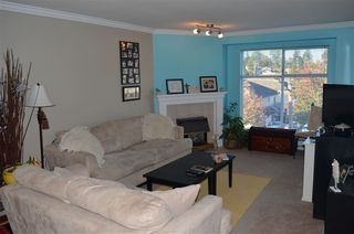 """Photo 3: 306 2410 EMERSON Street in Abbotsford: Abbotsford West Condo for sale in """"Lakeway Gardens"""" : MLS®# R2328859"""
