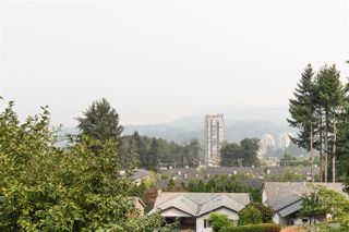 Photo 2: 3305 HENRY Street in Port Moody: Port Moody Centre House for sale : MLS®# R2330526