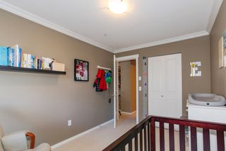 Photo 17: 204 300 KLAHANIE Drive in Port Moody: Port Moody Centre Condo for sale : MLS®# R2340249
