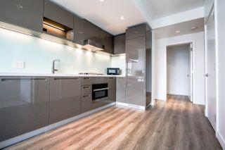 "Photo 6: 3607 777 RICHARDS Street in Vancouver: Downtown VW Condo for sale in ""Telus Garden"" (Vancouver West)  : MLS®# R2341183"