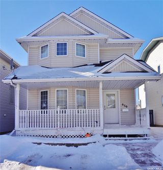 Main Photo: 630 Carter Way in Saskatoon: Confederation Park Residential for sale : MLS®# SK759494