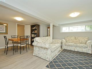 Photo 11: 593 Agnes Street in VICTORIA: SW Glanford Half Duplex for sale (Saanich West)  : MLS®# 407399