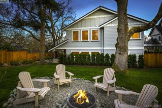 Photo 2: 712 Warder Place in VICTORIA: Es Rockheights Single Family Detached for sale (Esquimalt)  : MLS®# 407931