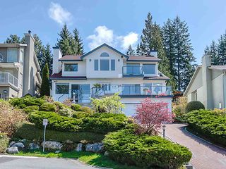 Photo 2: 4188 STARLIGHT Way in North Vancouver: Upper Delbrook House for sale : MLS®# R2365946