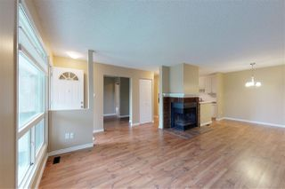Photo 4: 2127 SADDLEBACK Road in Edmonton: Zone 16 Carriage for sale : MLS®# E4158509