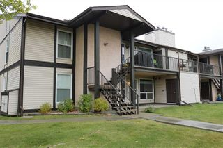 Photo 1: 2127 SADDLEBACK Road in Edmonton: Zone 16 Carriage for sale : MLS®# E4158509