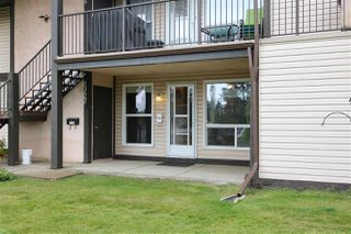 Photo 2: 2127 SADDLEBACK Road in Edmonton: Zone 16 Carriage for sale : MLS®# E4158509