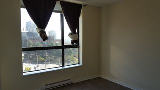 """Photo 4: 904 813 AGNES Street in New Westminster: Downtown NW Condo for sale in """"THE NEWS"""" : MLS®# R2375762"""