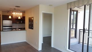 """Photo 3: 904 813 AGNES Street in New Westminster: Downtown NW Condo for sale in """"THE NEWS"""" : MLS®# R2375762"""
