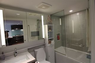 "Photo 8: 1203 777 RICHARDS Street in Vancouver: Downtown VW Condo for sale in ""TELUS GARDEN"" (Vancouver West)  : MLS®# R2380210"