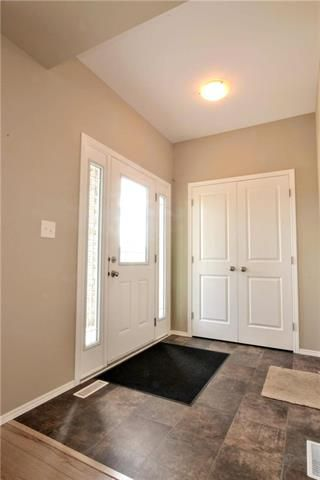 Photo 2: 10 Prairie Crocus Drive in Winnipeg: Crocus Meadows Residential for sale (3K)  : MLS®# 1917967